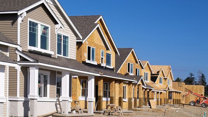 A Homeowner's Guide to HOAs: Homeowners Associations, Explained